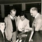 1977 francesco castagna con dirigenti farfisa