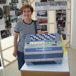 Anna Maria Bontempi lavorazione piastre Farfisa con la fisarmonica Transicord