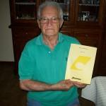 Dario Magini reparto falegnameria Farfisa con il listino prezzi settembre 1985