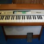Foyer organo Farfisa