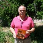 Massimo Casaccia riparatore Farfisa con la scheda PA 1336