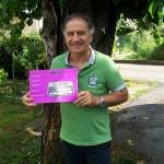 Renato Bonfiglio falegnameria Farfisa con il manuale modello 150