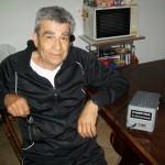 Renzo Gradara reparto ricerca e sviluppo Farfisa con il pedale Sfera Sound
