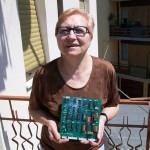 Rosarina Recanatini lavorazione circuiti stampati Farfisa con la piastra PA 1327 A