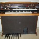 Scala organo Farfisa